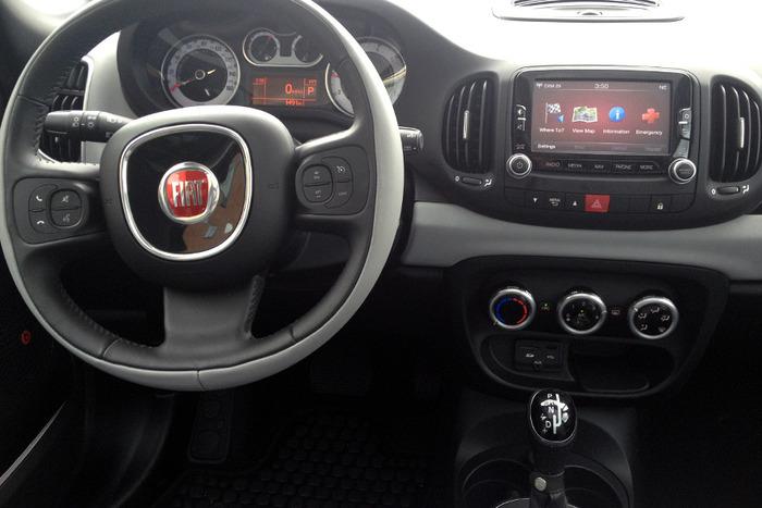 Image Gallery 2014 Fiat 500 Interior