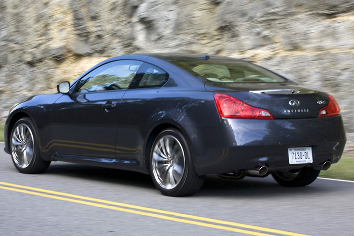2013 infiniti g37xs coupe review web2carz. Black Bedroom Furniture Sets. Home Design Ideas