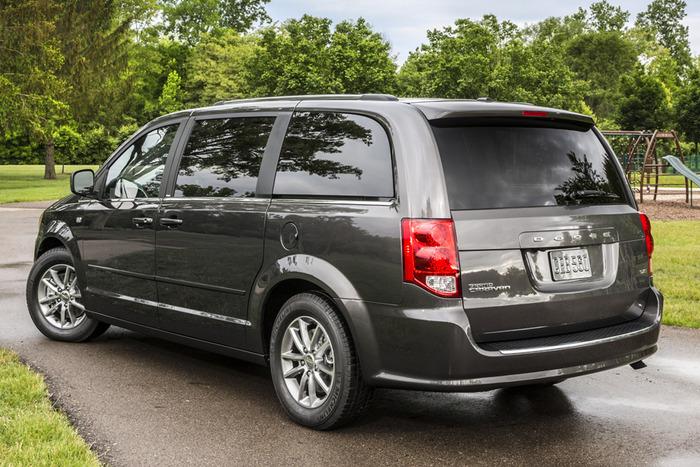 2014 Dodge Grand Caravan Sxt Blacktop Review Web2carz