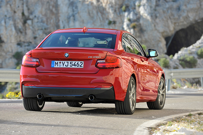 BMW Mi WebCarz - 2014 bmw m235i