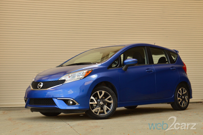 2015 nissan versa note sr review web2carz. Black Bedroom Furniture Sets. Home Design Ideas