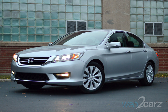 2015 honda accord touring review web2carz for Price of honda accord 2015