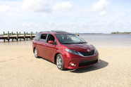 FIRST DRIVE: 2015 Toyota Sienna | Web2Carz
