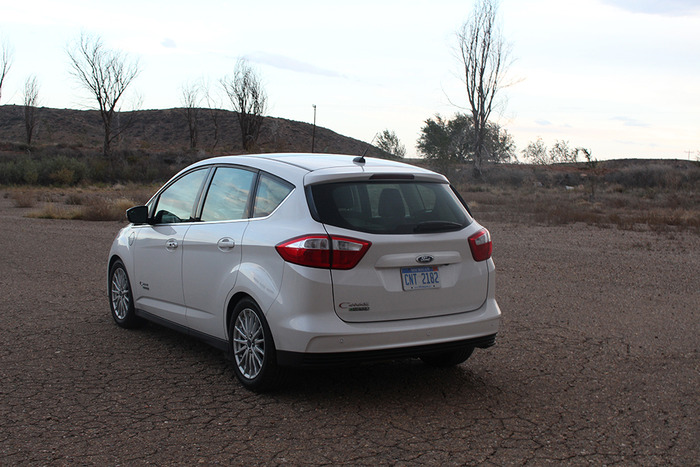 2014 ford c max energi review web2carz. Black Bedroom Furniture Sets. Home Design Ideas