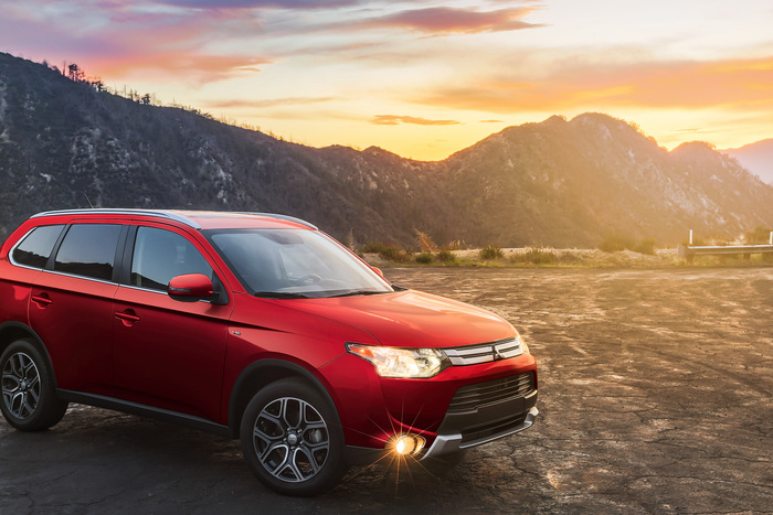 2015 Mitsubishi Outlander 3.0 GT Review
