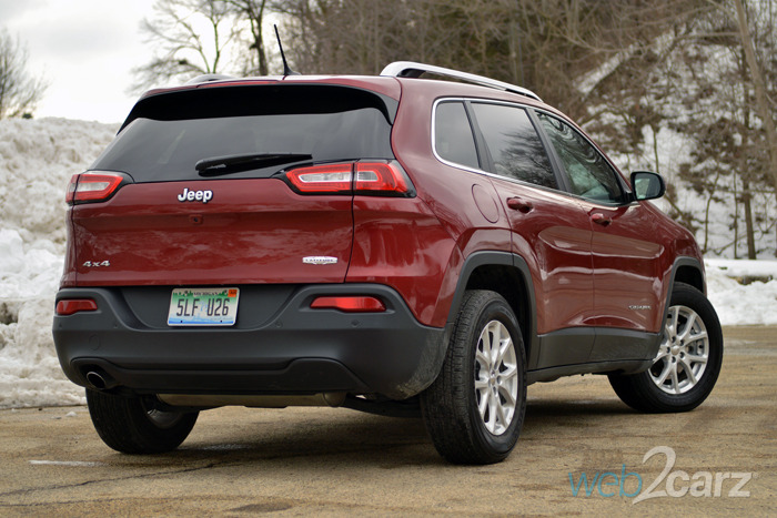 Best Used Crossover Suv >> 2015 Jeep Cherokee Latitude 4X4 Review | Web2Carz