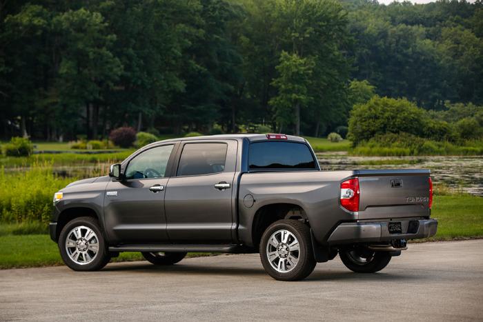 2015 toyota tundra platinum crewmax review web2carz. Black Bedroom Furniture Sets. Home Design Ideas
