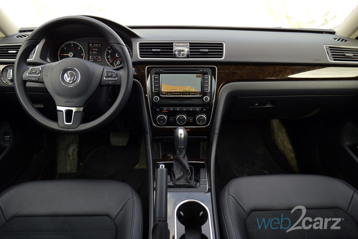 auto volkswagen detail one passat stop at used