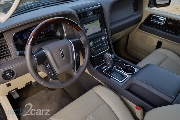 2015 Lincoln Navigator 4WD Review