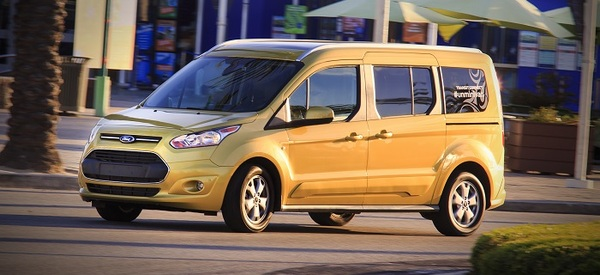 2014 ford transit connect titanium wagon review web2carz. Black Bedroom Furniture Sets. Home Design Ideas