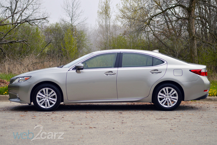 2015 Lexus ES 350 Review