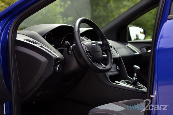Ford focus st base interior