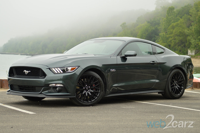 2015 ford mustang gt premium review web2carz. Black Bedroom Furniture Sets. Home Design Ideas
