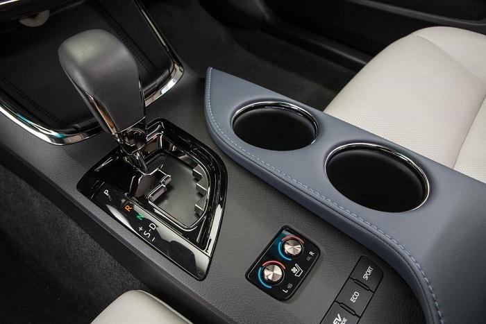 2015 Toyota Avalon Hybrid Xle Premium Review Web2carz