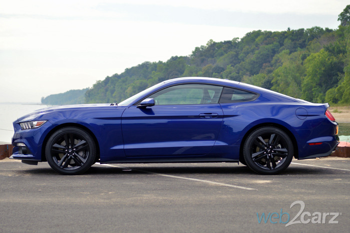2015 mustang ecoboost premium review web2carz. Black Bedroom Furniture Sets. Home Design Ideas