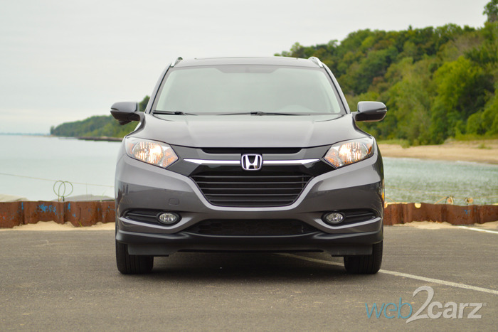 2016 Honda HR-V 2WD EX-L Navi Review