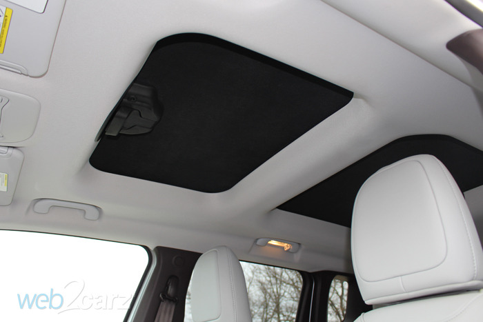 2015 jeep renegade limited review web2carz. Black Bedroom Furniture Sets. Home Design Ideas