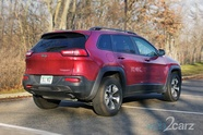 The 2016 Jeep Cherokee Trailhawk Pulls Double Duty | Web2Carz