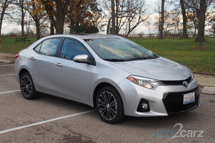 2016 toyota corolla s premium review web2carz. Black Bedroom Furniture Sets. Home Design Ideas