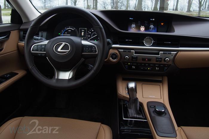 Online Auto Sales >> 2016 Lexus ES 300h Review | Web2Carz