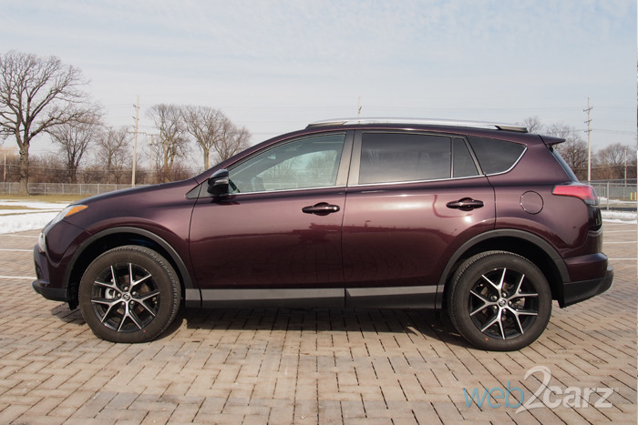 2016 Toyota RAV4 SE AWD Review | Web2Carz