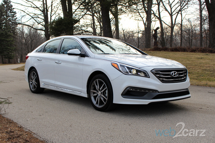 2016 hyundai sonata sport 2 0t review web2carz. Black Bedroom Furniture Sets. Home Design Ideas