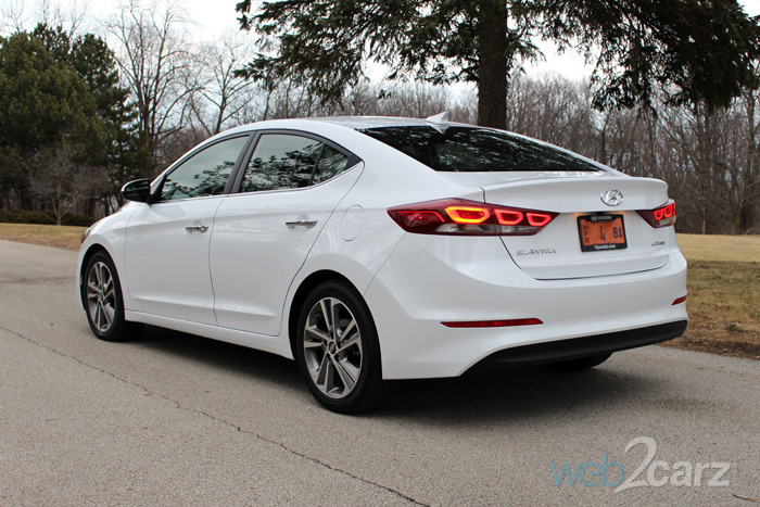 2017 hyundai elantra limited review web2carz. Black Bedroom Furniture Sets. Home Design Ideas