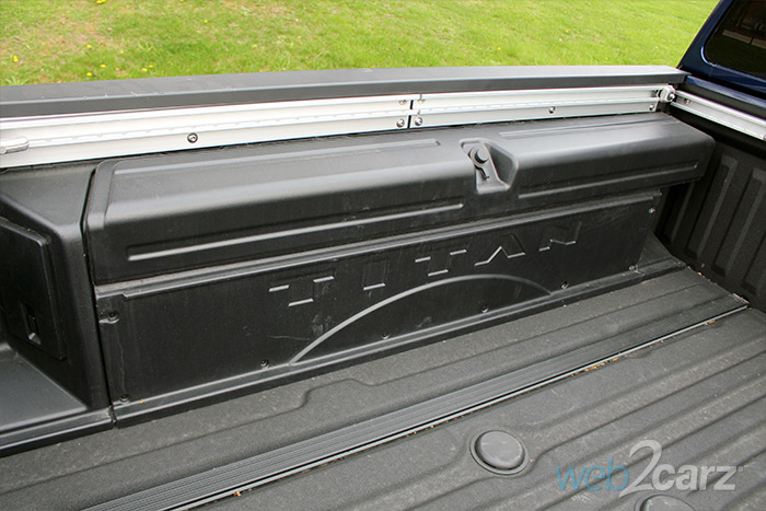Tool Box For Truck Bed >> Nissan Titan XD SL 4WD CC Review | Web2Carz