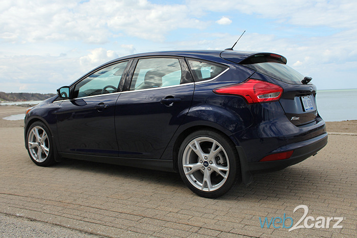 2016 ford focus hatchback titanium review web2carz. Black Bedroom Furniture Sets. Home Design Ideas
