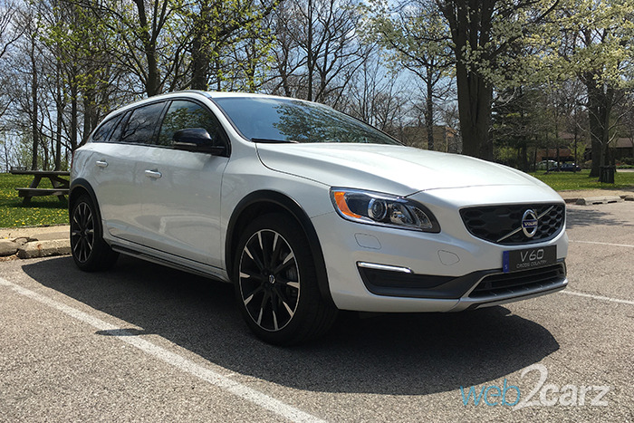 2016 volvo v60 cross country t5 awd review web2carz. Black Bedroom Furniture Sets. Home Design Ideas