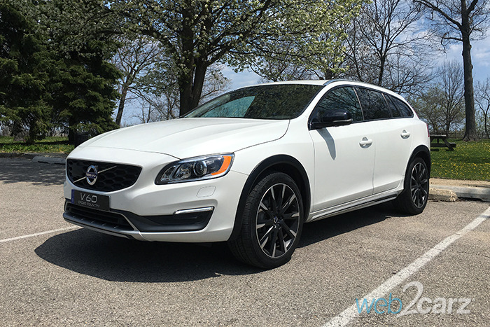 2016 Volvo V60 Cross Country T5 AWD Review | Web2Carz
