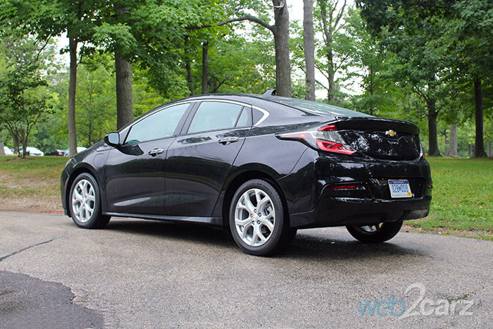 2017 Chevrolet Volt Premier Review