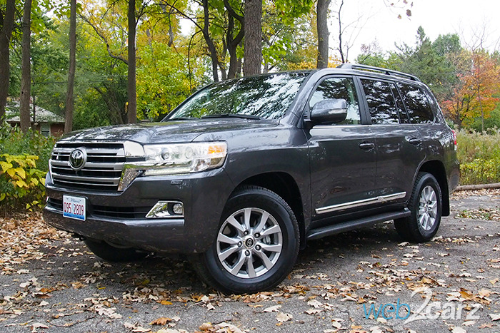 2017 toyota land cruiser review web2carz. Black Bedroom Furniture Sets. Home Design Ideas