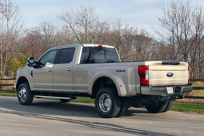 2017 Ford F-350 DRW 4x4 Super Duty Review