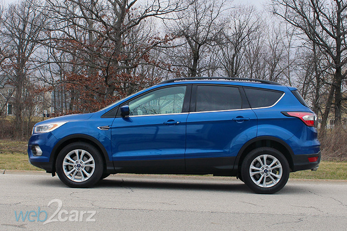 2017 Ford Escape SE FWD Review