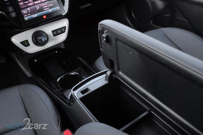 2017 Toyota Prius Prime Advanced Review Carsquare Com