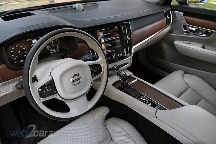 2018 Volvo S90 T6 Inscription AWD Review | Web2Carz