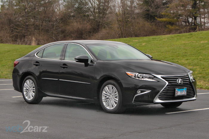 2018 Lexus ES 350 Review