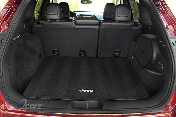 2019 jeep cherokee overland 4x4 review web2carz. Black Bedroom Furniture Sets. Home Design Ideas