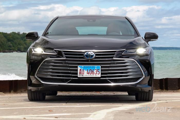 2019 Toyota Avalon Hybrid Limited Review Web2carz