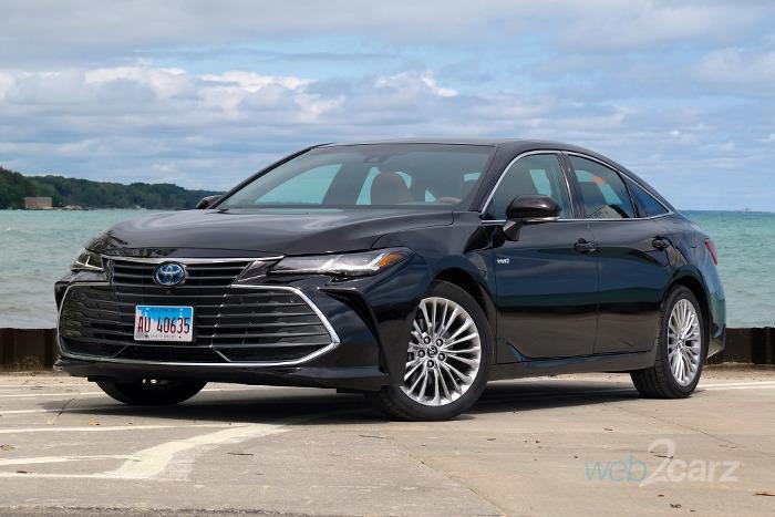 toyota avalon hybrid xle premium review webcarz
