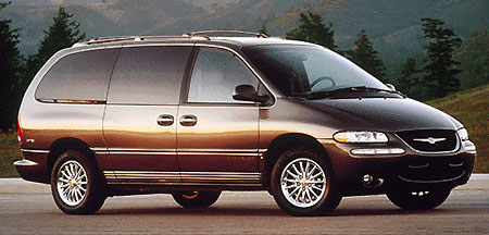 1999 Chrysler Town & Country Review Overview